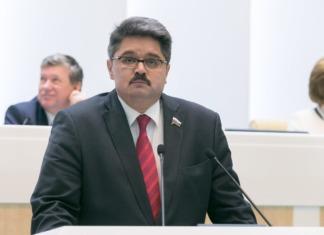 Сенатор Широков